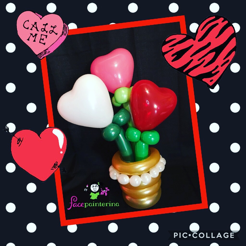 Balloon bouquet heart flowers in vase